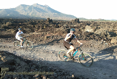 black lava cycling kintamani